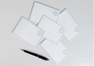 Illustrierte Monogramm Karten
